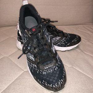 Reebok Shoes - Reebok Workout Sneakers